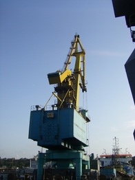 FLOATING CRANE - 35 MT SWL